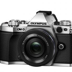 Olympus Om D E M5 Mark Ii Järjestelmäkamera Runko Hopea + 14 42mm Ez Pannukakkuobjektiivi Musta