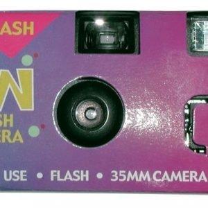 Sun Flash -kertakäyttökamera 24 kuvaa